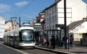 Vivre et investir à Nantes dans le quartier Beauséjour Sainte Thérèse - Arrêt de tram Beauséjour